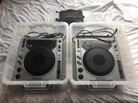 Pioneer CDJ 800 (pair) + Serato Live 2 (SL2)