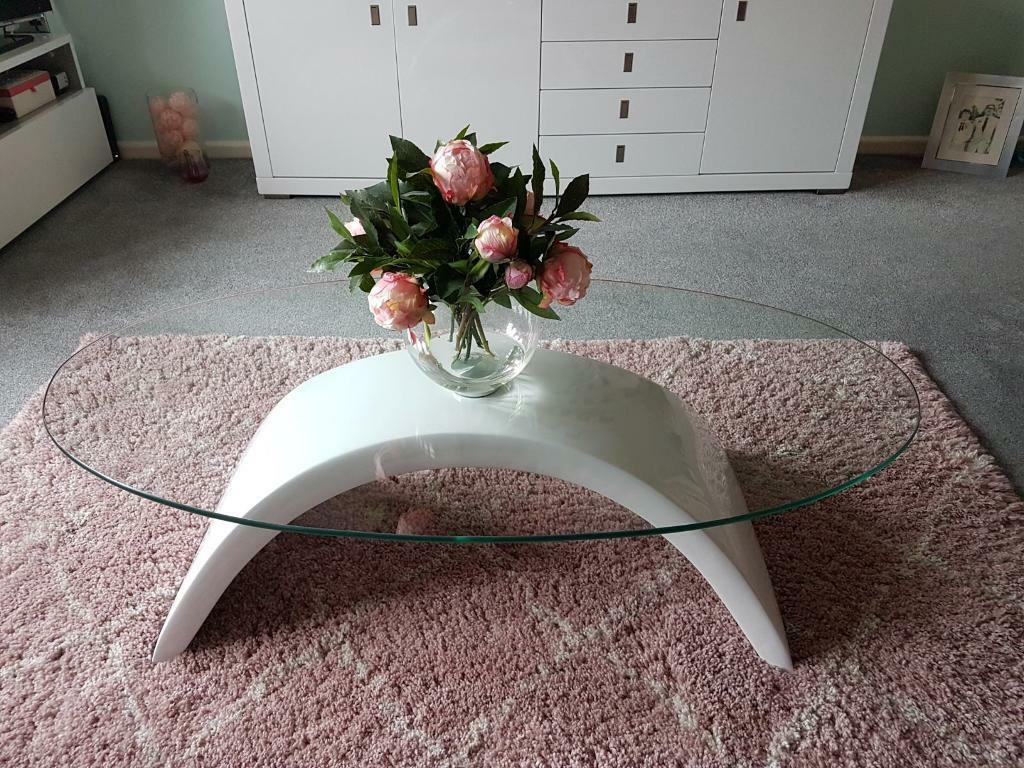 Modern Glass Coffee Table White Base Wayfair Francesca In Waterlooville Hampshire Gumtree