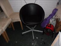 black chair on wheels very good condition no problems everything works,clean pick up gosport po12