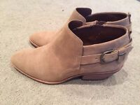 Tan suede ladies ankle boots Uk size 7.5 / euro 41