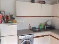 Large 3 bedroom House- with garden and parking excellent location- Homerton / Hackney - E9 6RD