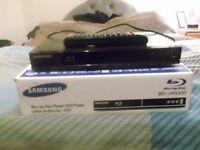 Samsung Blu-Ray & DVD combination player