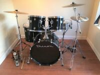 Complete Trixon Drum Kit With Cymbals and Stands Remo Heads - Nice Features