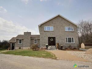 $899,900 - Acreage / Hobby Farm / Ranch for sale in Oro-Medonte