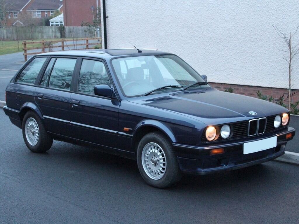 1991 bmw e30 318i touring automatic retro classic not m3 amg etc can be delivered in. Black Bedroom Furniture Sets. Home Design Ideas