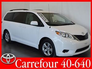 2013 Toyota Sienna LE V6 8 Passagers PEA 2019/160 000 Km
