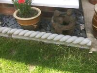 Grey rope edging stones x 4