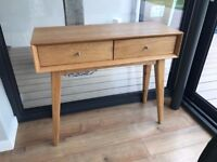 Stunning Solid Oak Console Table Side Table with Drawers