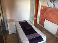 2 bedroom flat to let in G51 1LG