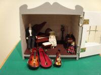 Dolls House (emporium) - music room