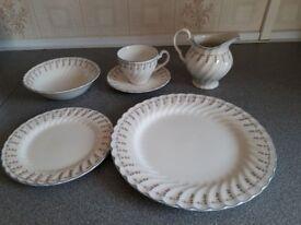 41 piece Dinner, Breakfast and Tea set