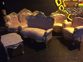 Magnificent new French two piece sofa set three seater + two seater sofas stunning
