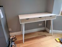 Office Desk - lovely design in excellent condition - cost £250 new