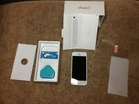 iPhone 5 32gb Unlocked Very rare Blue Colour New Condition
