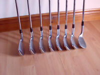 Taylormade R9 irons 4-pw + cleveland wedge