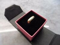 Vintage 9 carat Gold signet type Ring,