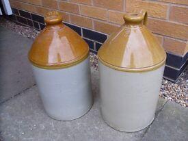 Clay/glazed jars