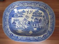 Very large (18 inches wide) antique willow pattern meat platter c1850