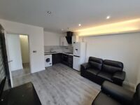 LUXURY FURNISHED 2 BEDROOM FLAT IN ST HELENS - NO DEPOSIT OR FEES