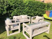 Garden furniture/conservatory