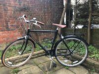 Mens Ridgeback hybrid / classic bike - excellent condition