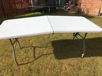white heavy duty foldable table
