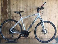 Cannondale quick cx hybrid flat bar bike
