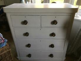 Vintage chest of drawers