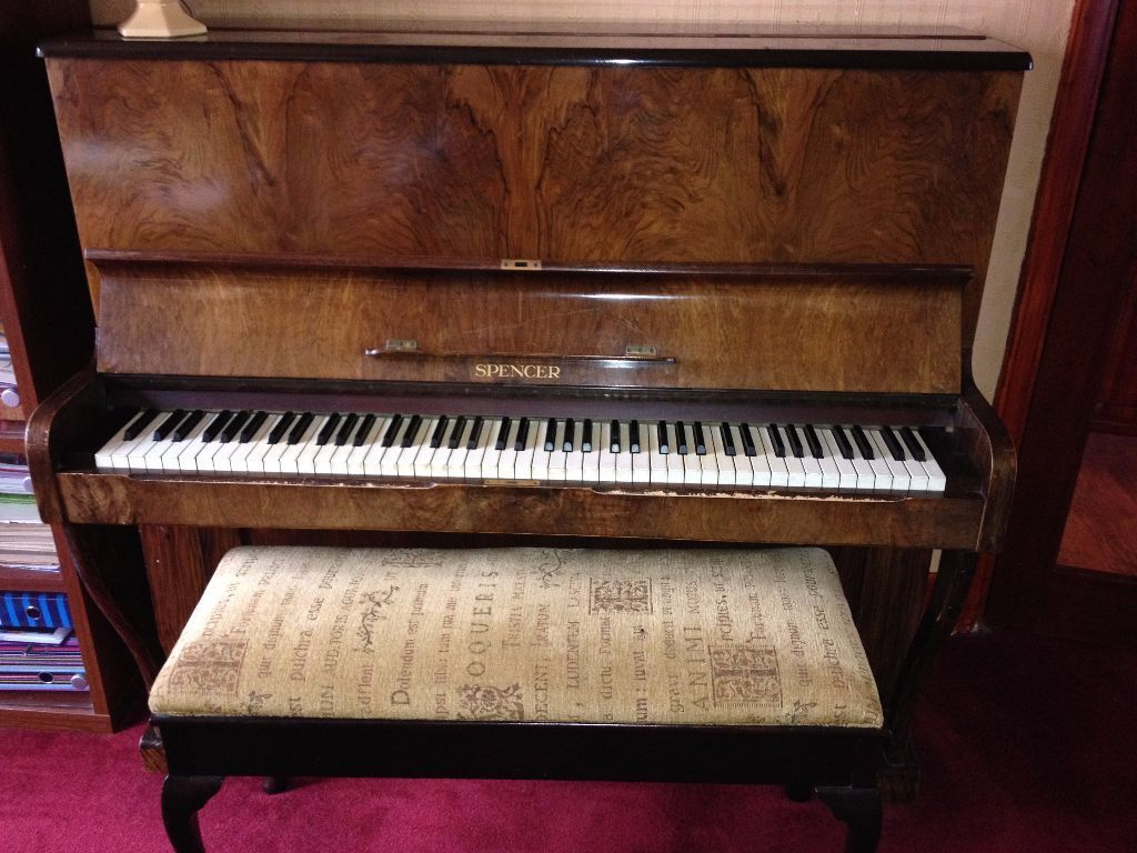 Spencer piano 87 key upright compact working well used for Small upright piano dimensions