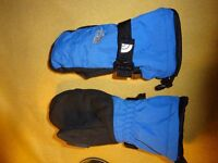 """The North Face Kid's Technical Ski / Snowboard / Winter Mittens """"Small"""""""