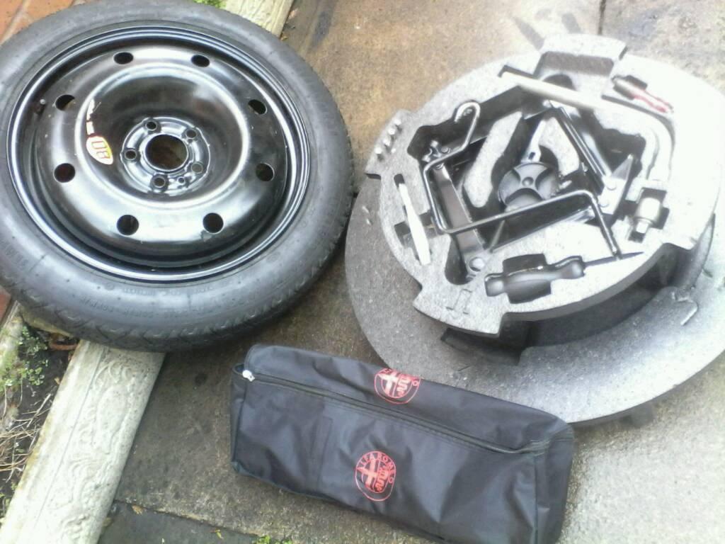 Alfa Romeo 159 Spare Wheel 17 Jack Set Dust Caps Warning Centre Triangle