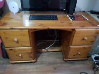 solid pine desk excellent condition