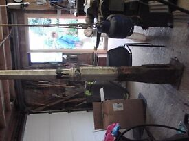 antique cast iron street lamp all original (needs painting) very heavy. collection only