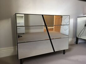 3-drawer mirrored Chest of Drawers for sale