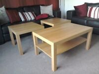 MATCHING OAK EFFECT COFFEE TABLE AND 2 SIDE TABLES