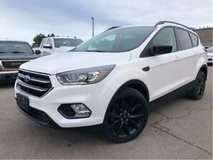 2017 Ford Escape SE NAVIGATION PANORAMA ROOF BLACK MAGS