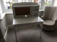 GLTC junior Whittington desk