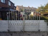wrought iron gates / driveway gates / garden gates / metal gates / steel gates