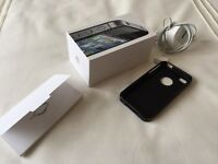 I-Phone 4S Excellent Condition Boxed