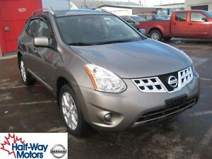 2013 Nissan Rogue SL | Well-Appointed!