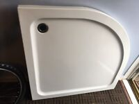 Curved corner shower tray 900 - 900 used but in good condition