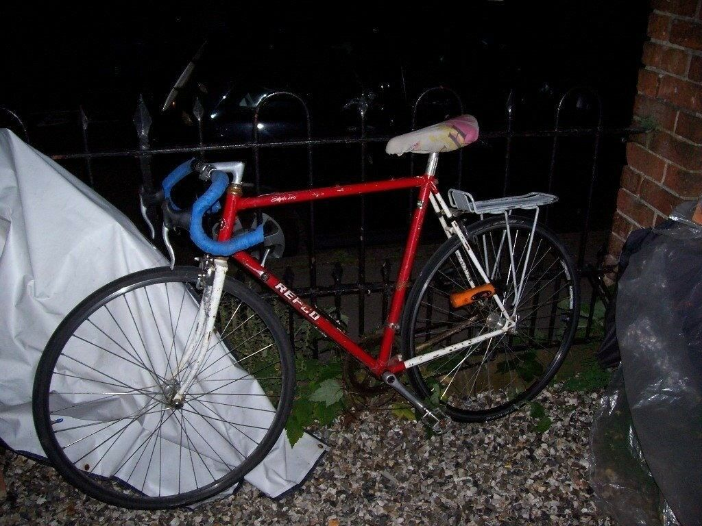 Traditional Stylish Racing Bike Works Well Much Easier