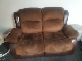 2x 2 seater recliner sofas
