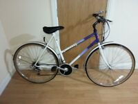 Raliegh Pioneer Ladies bike with 28 inch wheel size