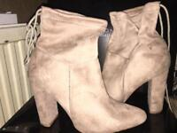 Heeled boots _ QUIZ now really cheap