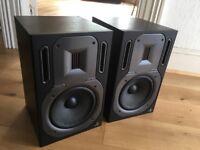 Behringer B3031A active studio monitors (pair) excellent condition
