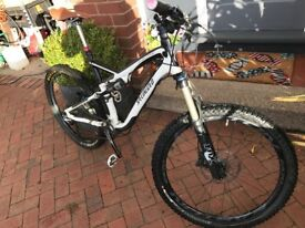 Specialised stuntjumper fsr mountian bike size large