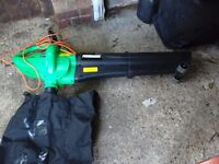 Leaf blower and vacuum with collection bag on wheels with long lead vgc gwo
