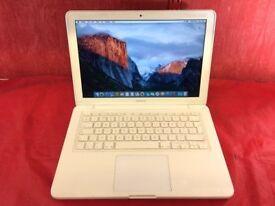 Macbook Pro 13inch [2009] 2.26ghz intel core 2 duo 2GB RAM 320GB HARD DRIVE + MS OFFICE/ WORD L833