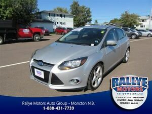 2012 Ford Focus Titanium! Leather! Sunroof! Back-Up!
